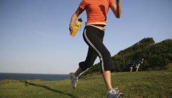 Как правильно начать бегать новичкам чтобы не повредить суставы