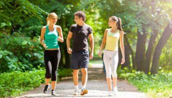 Почему на пешие прогулки не стоит надевать утяжелители