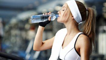 Как соблюдать режим питья во время тренировок
