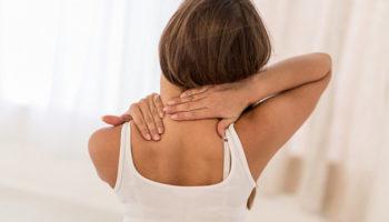 5 лёгких упражнений для снятия боли в спине и шее