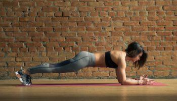 Как планка позволяет сохранить стройность и упругость мышц