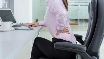 Как сидячий образ жизни пагубно влияет на позвоночник и как с этим бороться