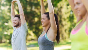 Эффективные упражнения с собственным весом на свежем воздухе