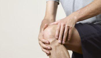Почему появляется хруст в коленях и какие упражнения смогут помочь