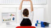 5 рабочих способов, которые помогут держать правильную осанку во время сидячей работы