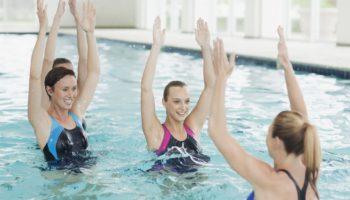 Почему занятия в воде — это лучшее средство от стресса и напряжения
