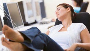 Как не хотеть спать на работе? Только не пейте кофе!