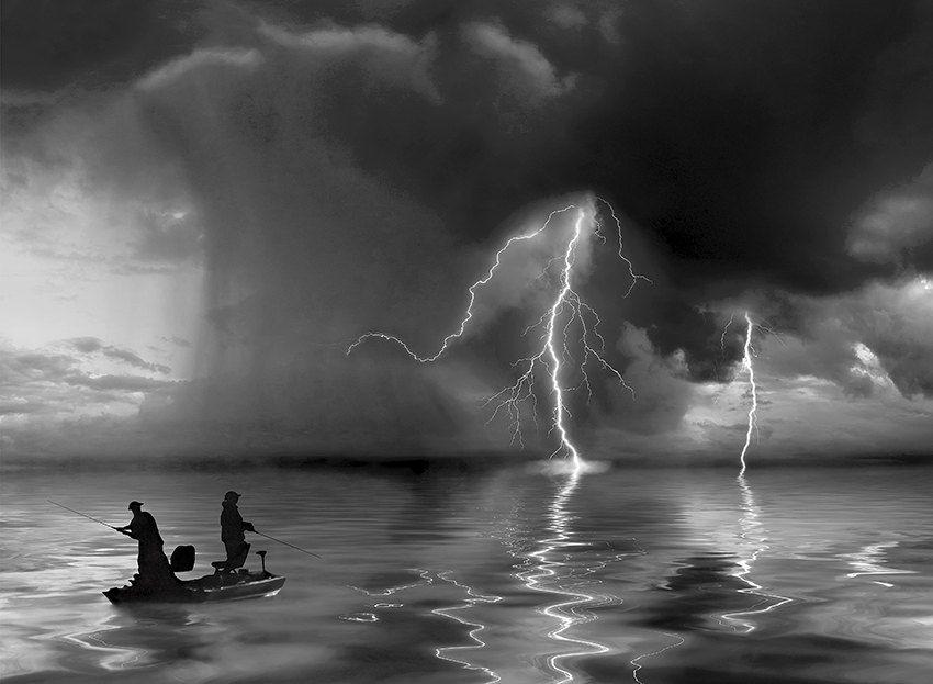 Молния и рыбаки