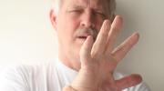 Основные 13 причин, почему ваши руки дрожат
